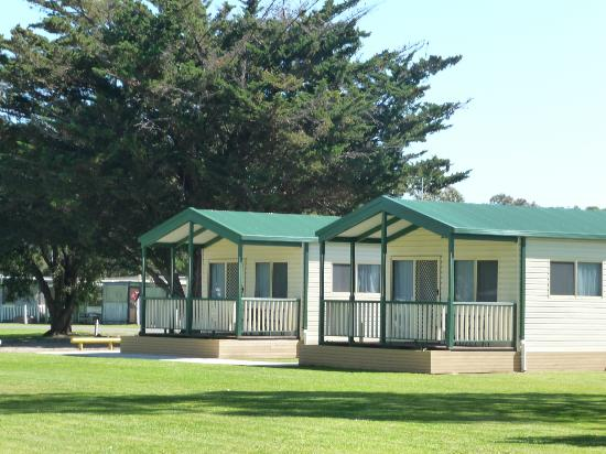 Victor Harbor Holiday and Cabin Park : Villas