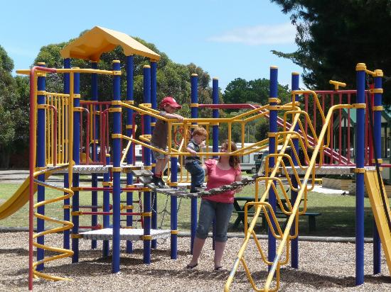 Victor Harbor Holiday and Cabin Park : Playground