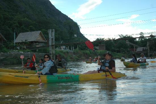 Green Discovery: kayaking in Vang Vieng