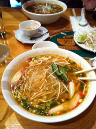 Le'Pho Vietnamese