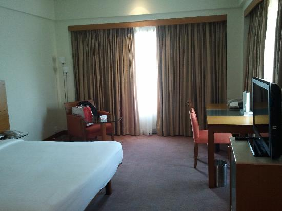 The Raintree Hotel, St.Mary's: Clean, well maintained room