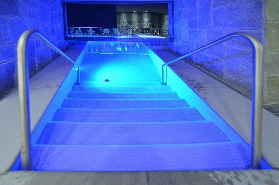 Terme di Saint-Vincent: La piscina esterna riscaldata Verny