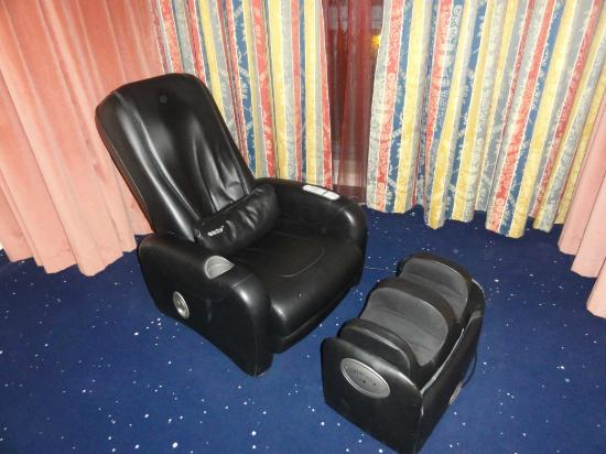 Hotel Gio' Wine e Jazz Area: Poltrona massaggiante 