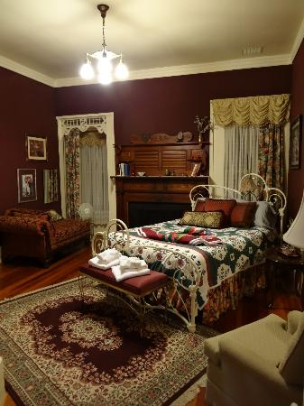 Liberty Lodge: First bedroom on left, opens to sitting room