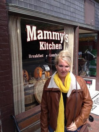 Mammy's Kitchen :                   mammy's I'll be back!