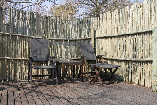 Toro Yaka Bush Lodge: Private deck
