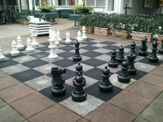 Hotel Restaurant Oud London : schaakspel