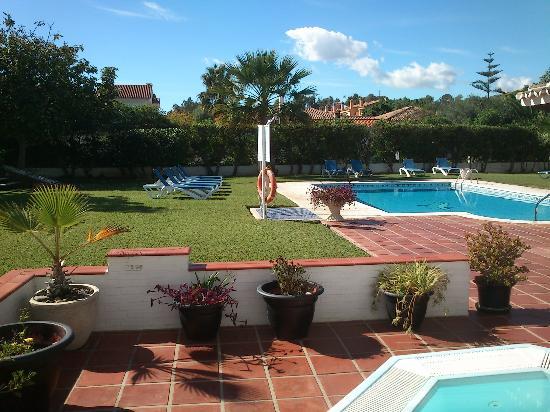 Malaga Hotel Picasso: piscina