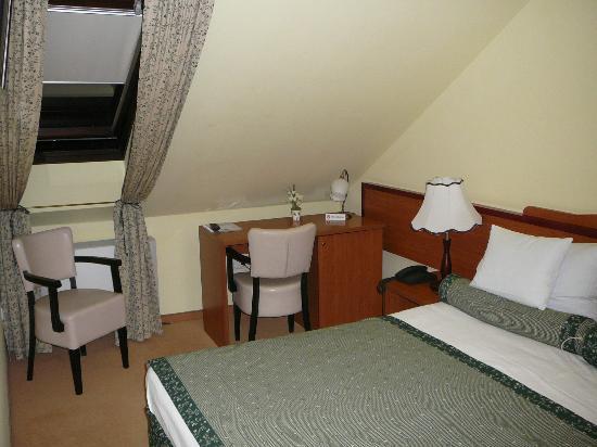 Hotel Jagerhorn: Bedroom