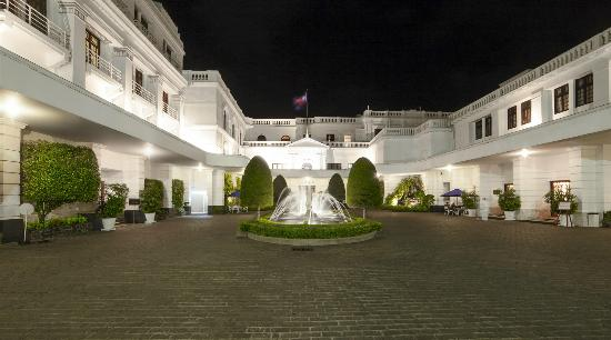 Mount Lavinia Hotel: A british colonial mansion