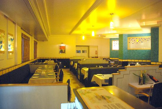 Executive Tamanna Hotel: Restaurant and Bar