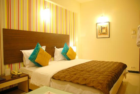 Executive Tamanna Hotel: Luxury Room