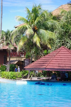 Royal Palms Beach Hotel: hotel