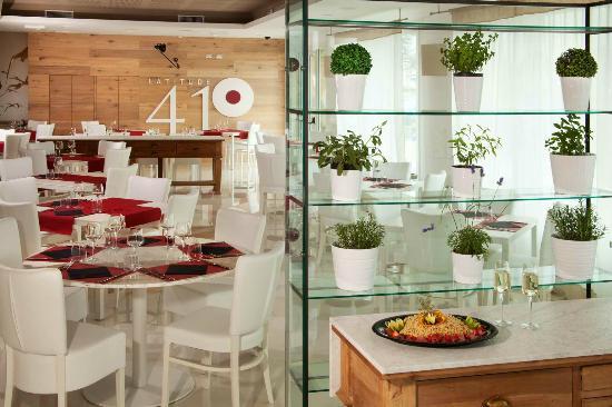 Il ristorante Latitude 41° è il ricercato ristorante dell'Hotel Tiber