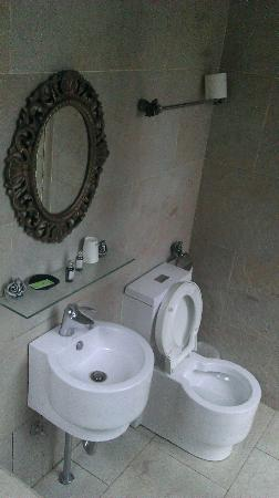 Echo villa: Bathroom