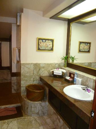 Sandalwood Luxury Villas: ensuite Plumeria villa
