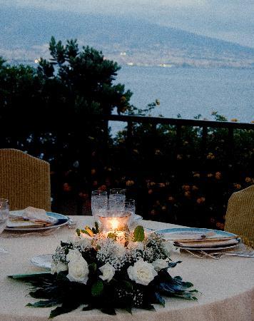 Cena romantica a Napoli - Ristorante La Terrazza - Foto di La ...