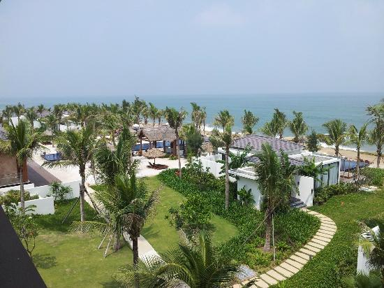 Sunrise Premium Resort Hoi An: View from bedroom (suite)