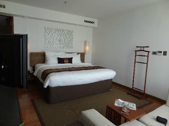 Sunrise Premium Resort Hoi An: Bedroom (suite)