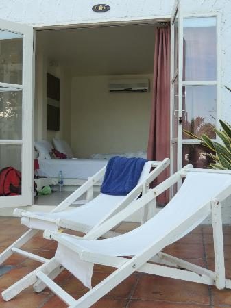 Lima Coco Resort: Tiny Rooms