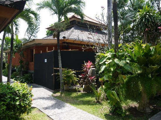 Bali Mandira Beach Resort & Spa: Lobby
