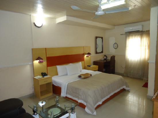 Photo of Randekhi Royal Hotel Benin City