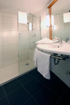 Ibis Konstanz Hotel : bathroom