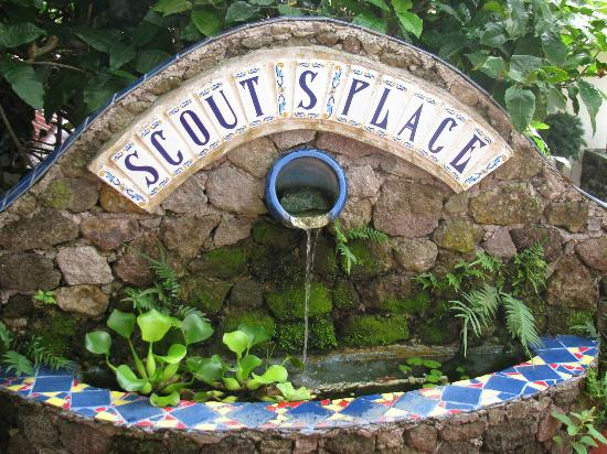 Scout's Place Restaurant & Bar: fountain