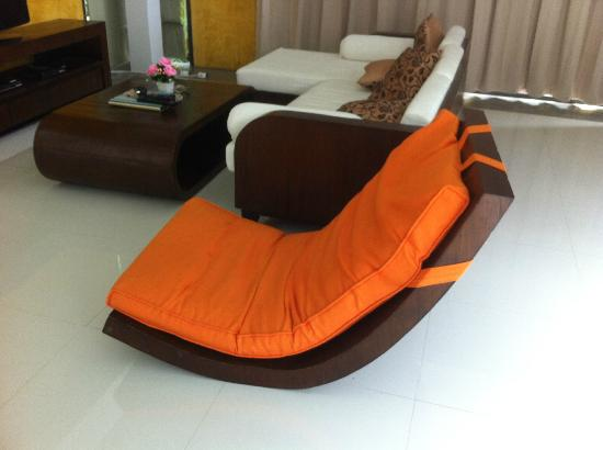 Awesome Layan Villas: Worlds Comfiest Chair