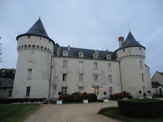 Chateau de Marcay: outside
