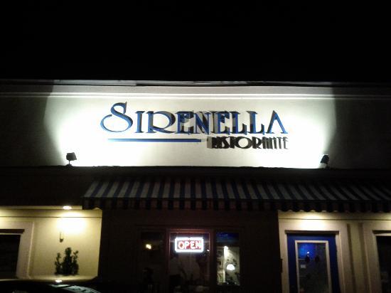 Sirenella Ristorante: Front Entrance