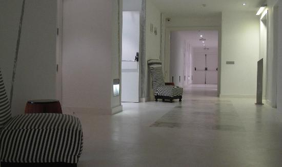 Hotel Ciutat de Girona: indoor swimming pool & indoor cycling area