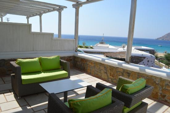 Arte & Mare Elia Mykonos Suites: Our balcony and sea view