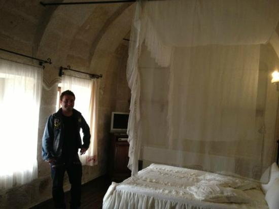 Goreme Suites: Ferdie, an employee, in the triple suite