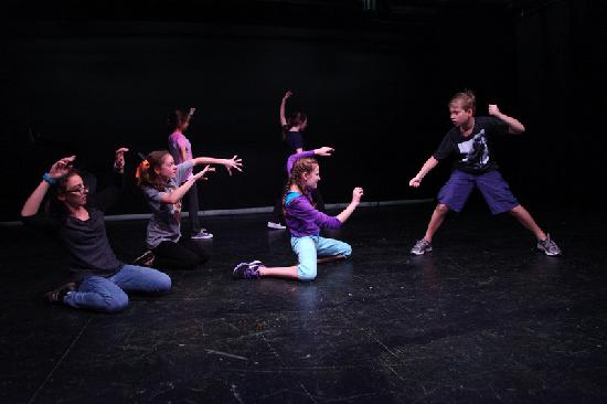 Imagination Stage: Seussical Jr. rehearsal