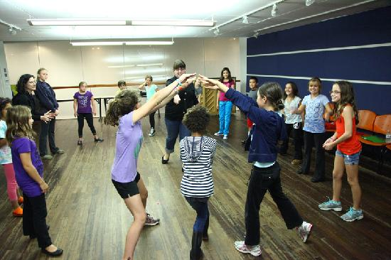 Imagination Stage: Musical Theatre Class