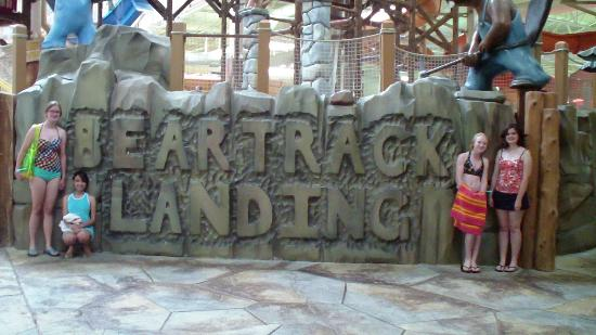 Great Wolf Lodge: Big Time Fun in Water Park!