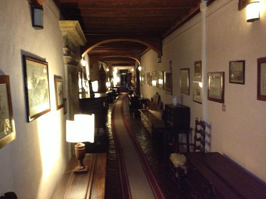 Eremo delle Grazie: Vista di un corridoio per l'accesso alle stanze