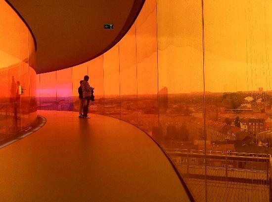 Aros Aarhus Kunstmuseum: The Rainbow Panorama walkway.