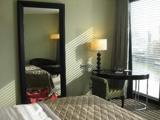 Hyatt Regency Dusseldorf: Bedroom