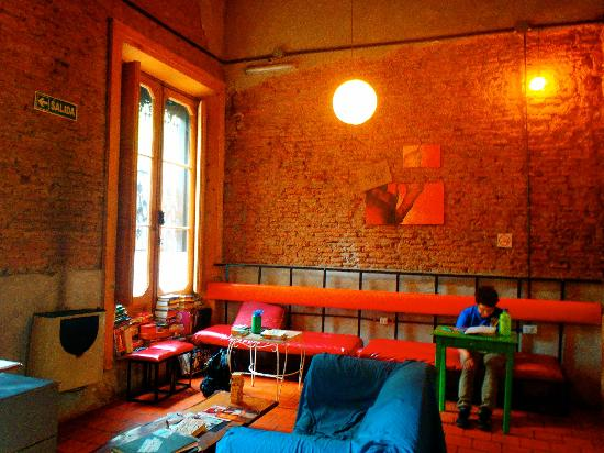 Kilca Hostel and Backpacker : Sala de estar