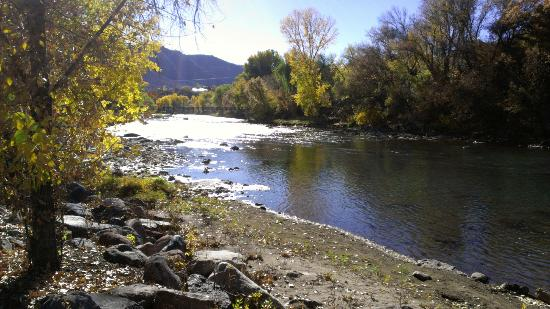Animas River Trail: Quite place to relax.
