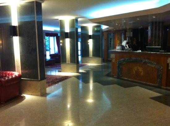 Park Hotel Villa Fiorita: hall