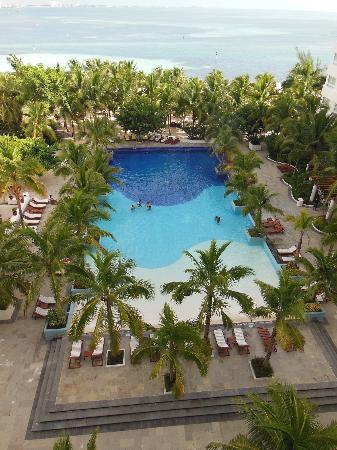 Grand Oasis Palm: piscina