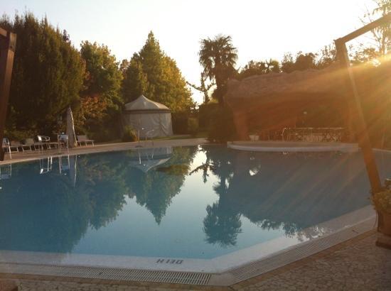 Park Hotel Villa Fiorita: piscina