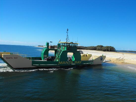 Seventy-Five Mile Beach : sbarco a fraser island