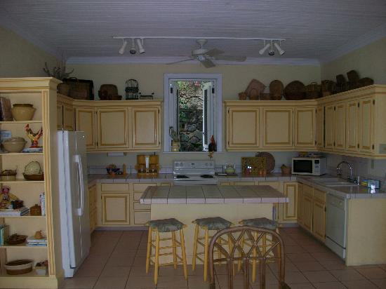 Bellavista Bed & Breakfast: Kitchen where wonderful breakfasts are prepared