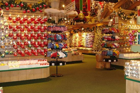 Bronners Christmas Ornaments.Ornaments Picture Of Bronner S Christmas Wonderland