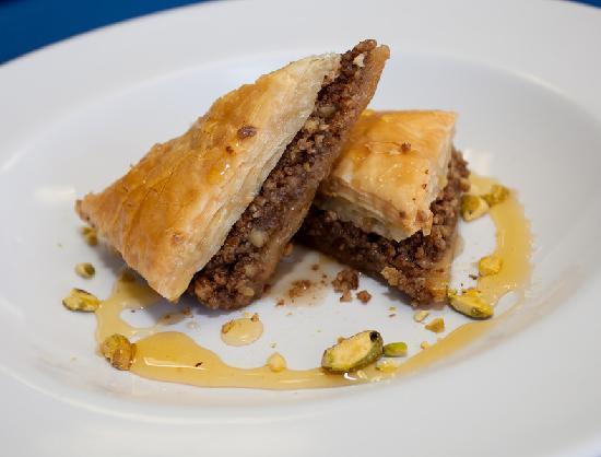 ZINO'S Greek Restaurant: Homemade Baklava