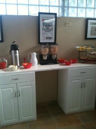 Turtle Bay Inn : Breakfast area